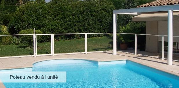 poteau blanc 6 x 117 cm pour barri re de piscine. Black Bedroom Furniture Sets. Home Design Ideas
