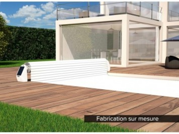 local technique en bois pour piscine hors sol et enterr e. Black Bedroom Furniture Sets. Home Design Ideas