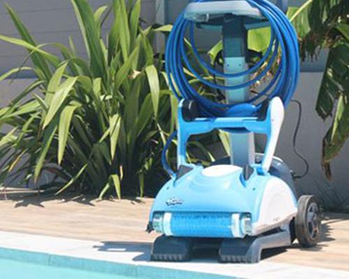 Chariot Robot Piscine Electrique Dolphin Nauty Tc Piscineco