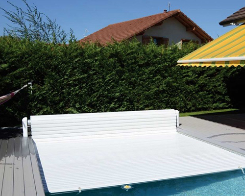 volet roulant de piscine hors sol ou immerg votre devis. Black Bedroom Furniture Sets. Home Design Ideas
