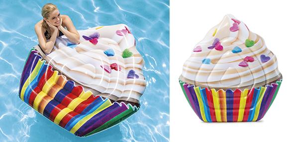 matelas gonflable de piscine r aliste cupcake intex. Black Bedroom Furniture Sets. Home Design Ideas