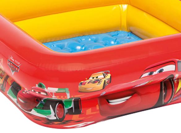 piscine gonflable intex mod le cars pour b b et enfant prix mini. Black Bedroom Furniture Sets. Home Design Ideas